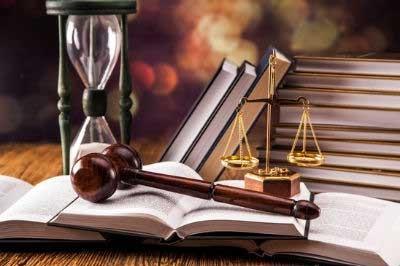 اگر به وکیل وکالت دهیم تا علیه شخصی شکایت نماید اگر شکایت به جایی نرسد آن طرف می تواند علیه ما اعاده حیثیت نماید؟