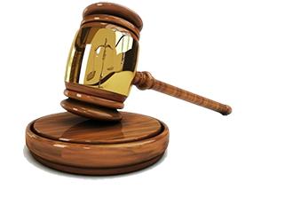 جرائم تعزیری به دو نوع مختلف، تقسیم بندی می شوند؛ انواع آن شامل موارد زیر می باشد:
