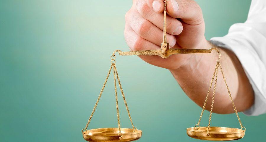 قیمت وکیل پایه یک