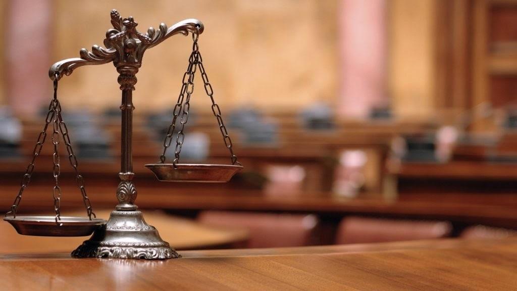 تعهد وکیل به تقدیم حساب دوران وکالت و استراد اموال و اسناد موکل: