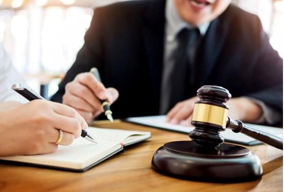 تعهد وکیل به رعایت مصلحت موکل: