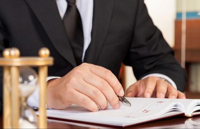 تعهد وکیل به حفظ اسرار موکل: