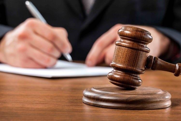 ۴- در چه صورت و تحت چه شرایطی دادگاه، با درخواست اعسار موافقت می نماید؟