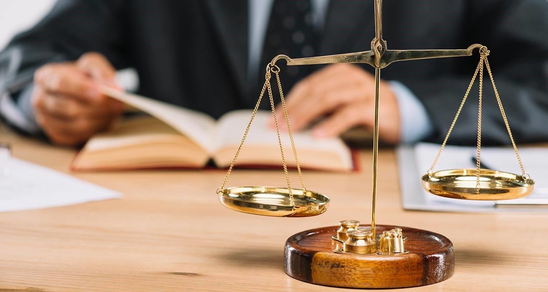 وکیل متخصص دیوان عالی کشور چه ویژگی هایی باید داشته باشد؟