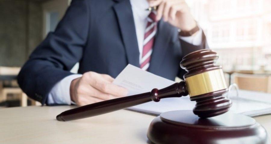 قیمت وکیل پایه یک دادگستری