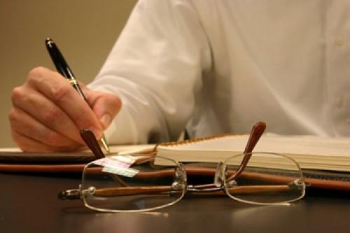 آثار قراردادی بودن تعهدات وکیل تضمینی به چه صورت است؟