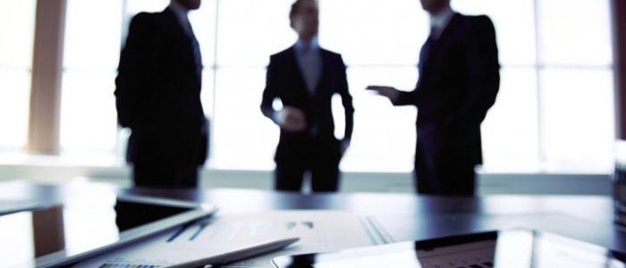ویژگی هایی که یک وکیل دیوان عدالت اداری باید داشته باشد کدامند؟