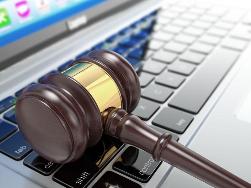 جرایم رایانه ای چیست و چه تفاوتی با سایر واژه ای رایانه ای همچون جرایم کامپیوتری، جرایم اینترنتی و سایبری دارد؟