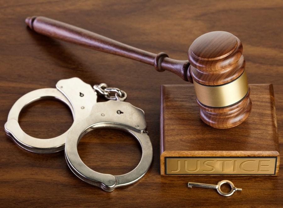 مراحل تنظیم شکایت کیفری شامل چه مواردی می شود؟
