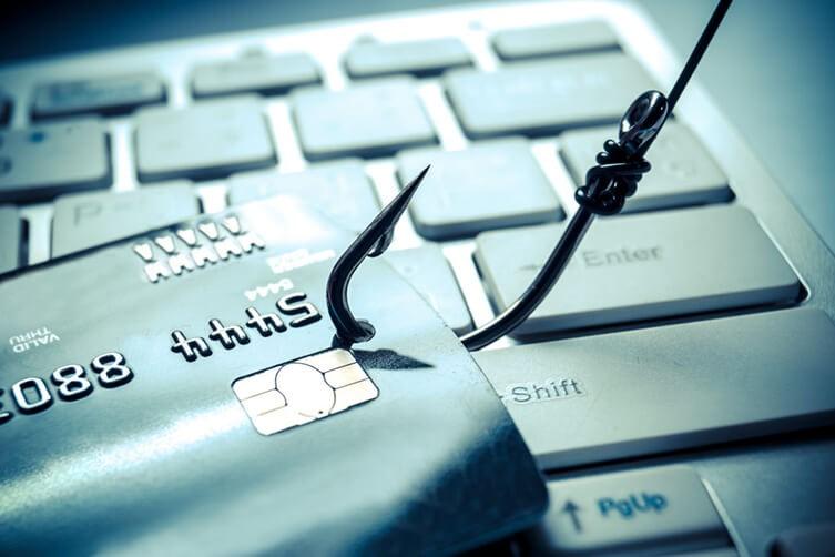 واژه جرایم رایانه ای در ارتباط با انواع کسب و کار های اینترنتی به چه معنایی به کار می رود و چگونه قابل دفاع است؟
