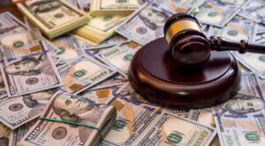 وکیل جرایم اقتصادی
