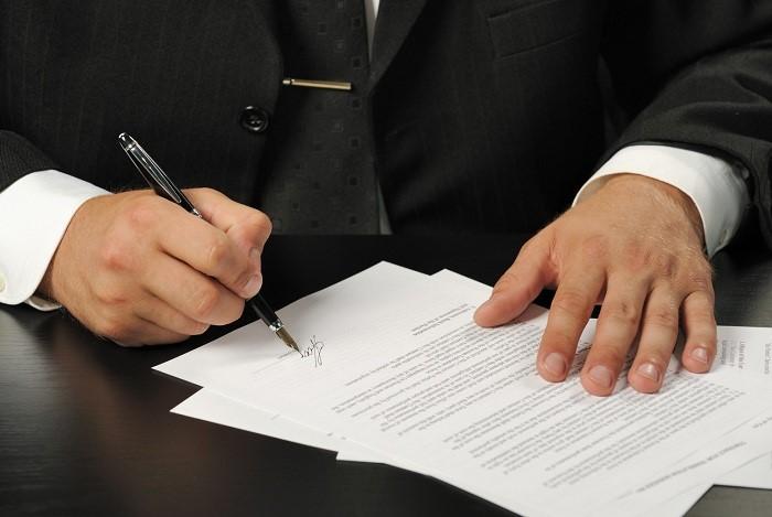 چه نکاتی در رابطه با وکیل اداره کار نسبت به حقوق کارگر و کارفرما وجود دارد؟