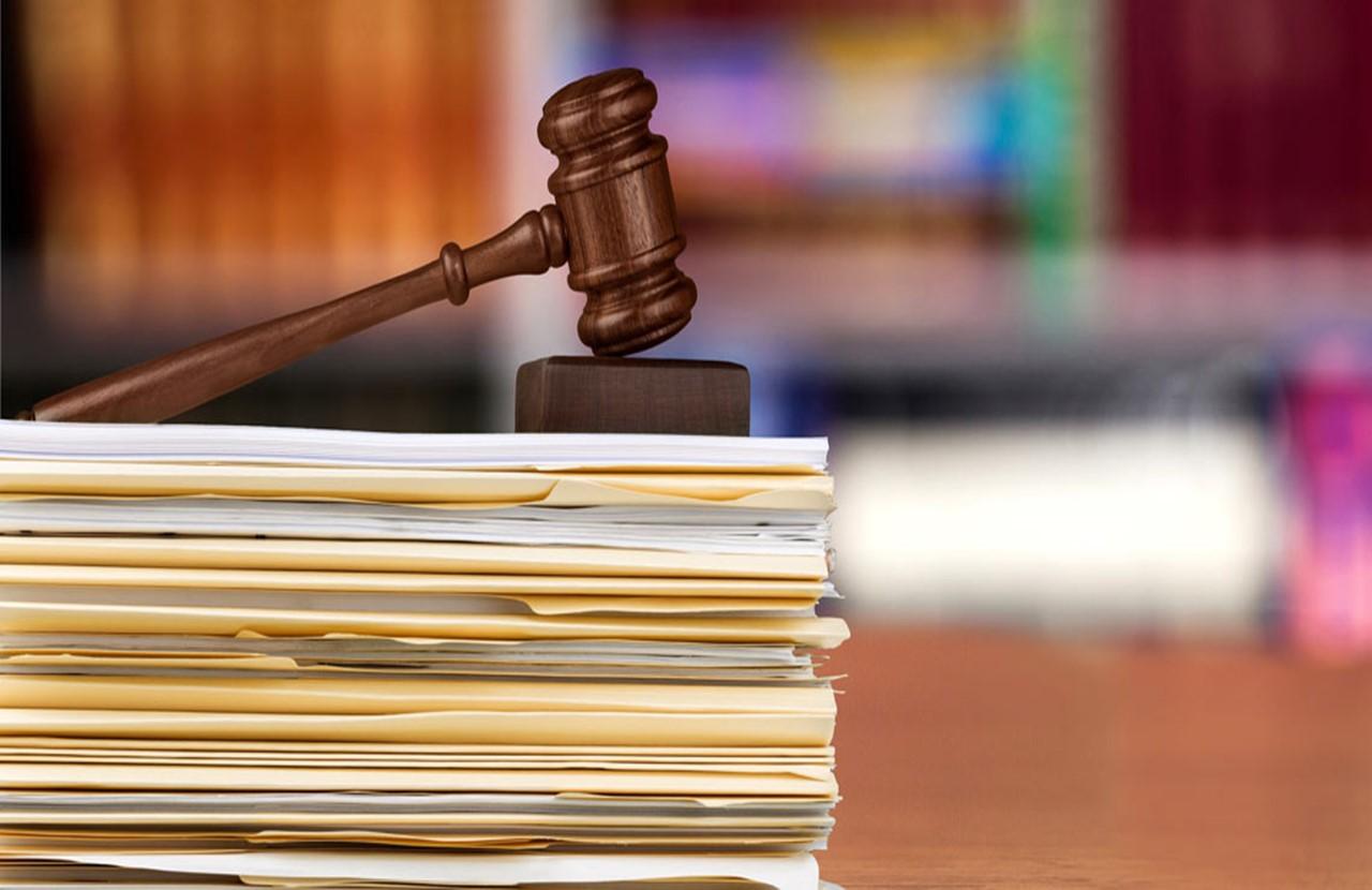 روند دادرسی و بررسی شکایت در دادگاه های ایران به چه شکلی است؟