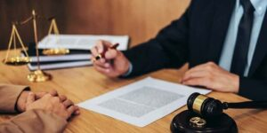 هزینه وکیل حقوقی