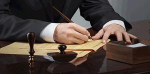 وکیل برای تنظیم لایحه